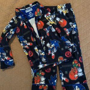 Sonic pajamas size 4/5